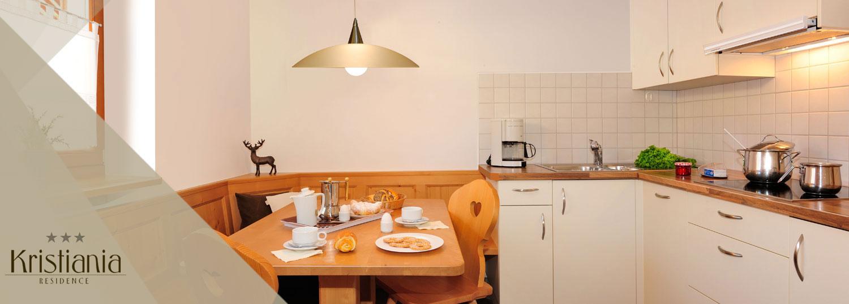 ferienwohnung im schlerngebiet mit zwei schlafzimmern und balkon. Black Bedroom Furniture Sets. Home Design Ideas